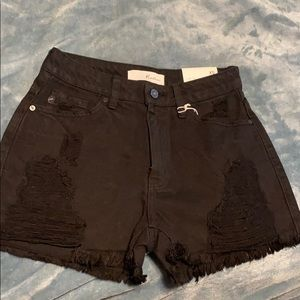 KanCan black shorts, size XS. NWT